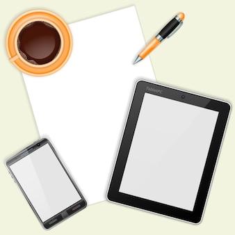 Tablet, com lençóis brancos, smartphone e xícara de café