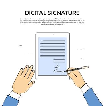 Tablet de assinatura digital computador empresário mãos cadastre-se