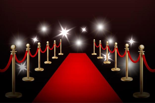 Tapete de evento vermelho de vetor realista, barreiras de ouro e flashes. molde do projeto, ilustração eps10.