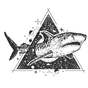 Tatuagem geométrica de tubarão
