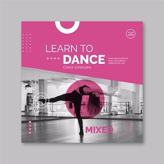 Tema de modelo de panfleto dançando