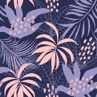 Tendência abstrata padrão sem emenda com folhas tropicais coloridas e plantas em um fundo escuro