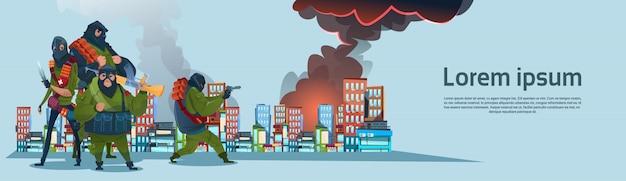 Terrorismo armados grupo terrorista máscara negra segurar arma cidade de ataque com metralhadora