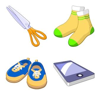 Tesoura, meias, tênis e smartphone