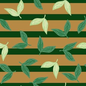 Teste padrão decorativo sem costura com doodle aleatório branco e folhas verdes silhuetas. fundo listrado bege. ilustração vetorial para estampas de têxteis sazonais, tecidos, banners, cenários e papéis de parede.