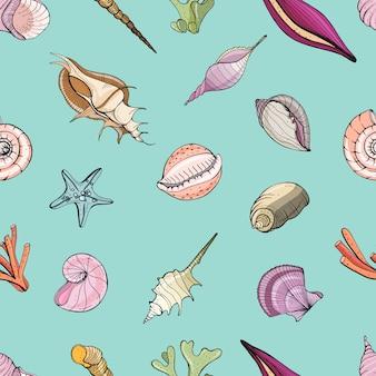 Teste padrão sem emenda mão desenhada com conchas do mar. fundo colorido.