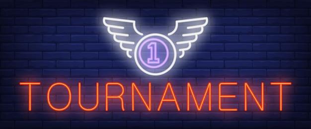 Texto de neon de torneio e bola com asas