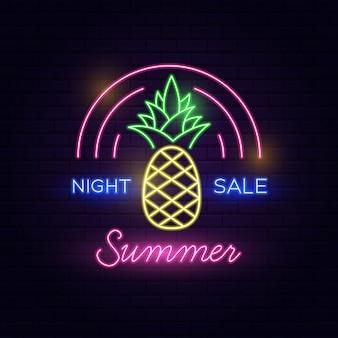 Texto de néon do verão da venda da noite