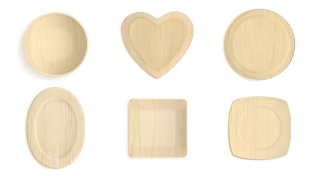 Tigelas de formas diferentes de madeira vazias