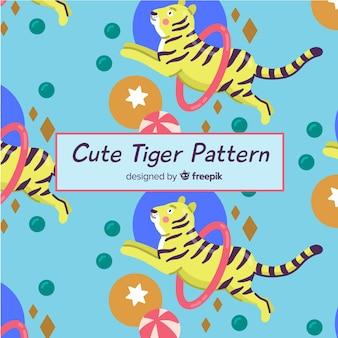 Tigre pulando através do padrão de ringue