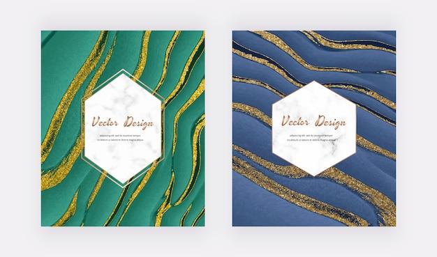 Tinta líquida verde e azul com cartões de brilho dourado com molduras em mármore brancas geométricas.