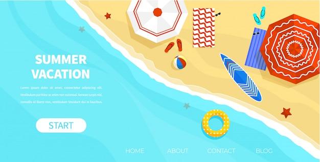 Top view coast beach com óculos de sol com guarda-chuva