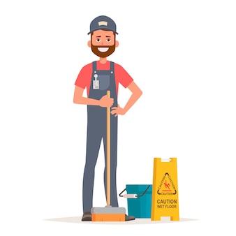 Trabalhador de serviço de limpeza com esfregão, balde e sinal de piso molhado de cuidado.