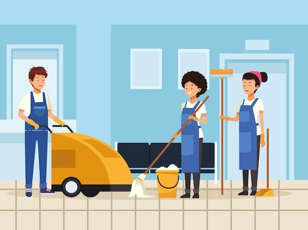 Trabalhadores da equipe de limpeza com equipamentos