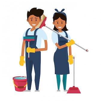 Trabalhadores de limpeza com equipamentos de limpeza