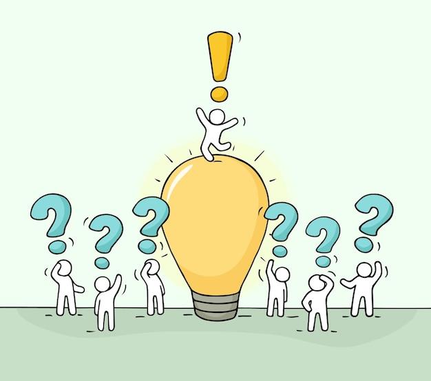 Trabalhando pessoas pequenas com ilustração vetorial de desenhos animados de ideia de lâmpada para design de negócios