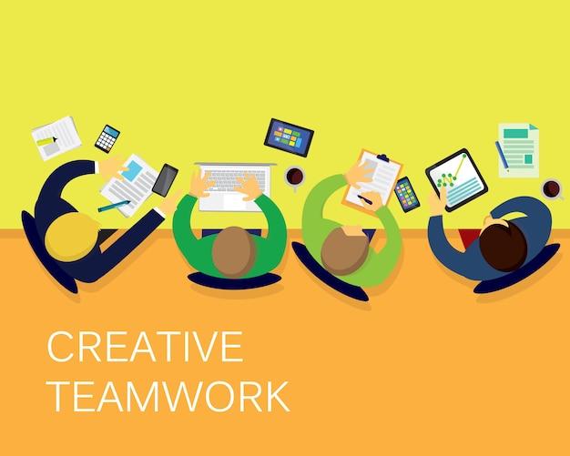 Trabalho em equipe criativa de negócios