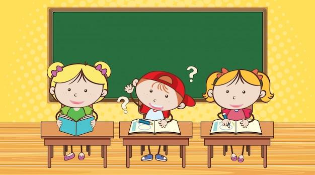 Três alunos aprendendo em sala de aula