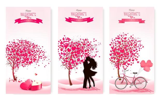 Três banners de dia dos namorados com árvores-de-rosa e corações.
