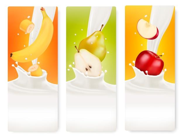 Três banners de frutas e leite.