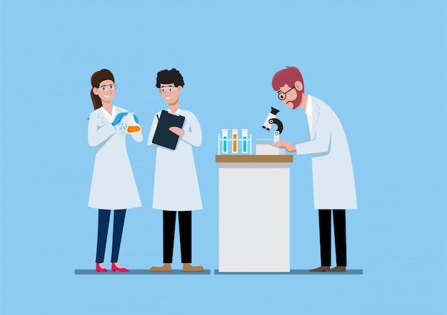 Três cientistas no jaleco branco trabalhando na ilustração do laboratório de ciências