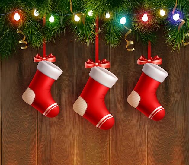 Três meias vermelhas de natal