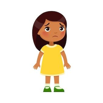 Tristeza, menina indiana desenho animado triste criança de pele escura em pé