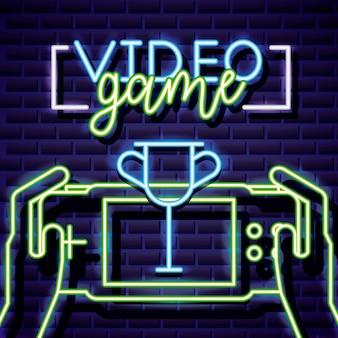 Troféu e mãos jogando videogame, estilo neon