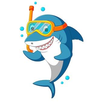 Tubarão com equipamento de mergulho