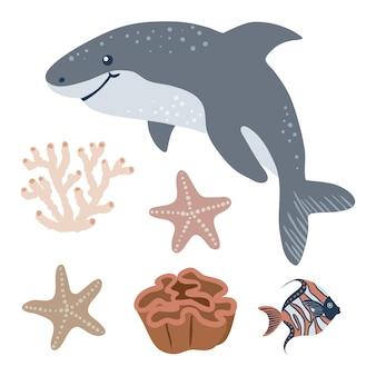 Tubarão nadando e objetos marinhos