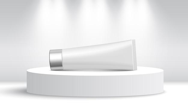 Tubo branco em stand de exposição. pódio redondo. pedestal.