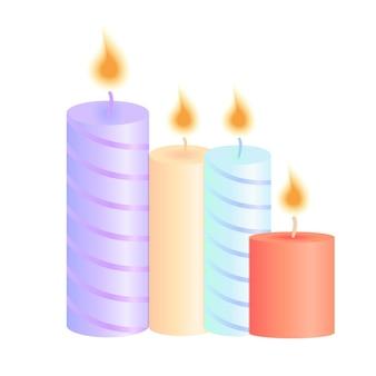 Um conjunto de velas acesas. decoração para festa de natal, aniversário, dia dos namorados, salão de spa.