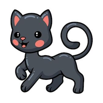 Um gatinho preto bonitinho posando