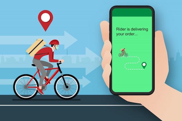 Um homem de entrega, entregando uma encomenda ao cliente de bicicleta.