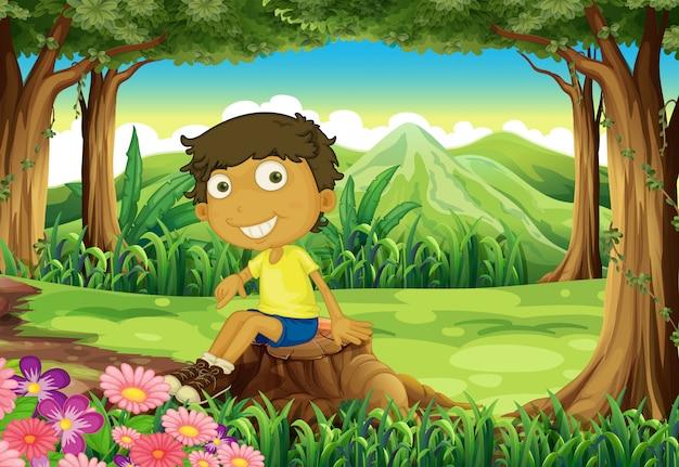 Um jovem brincalhão acima do tronco