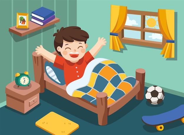 Um menino acorda de manhã