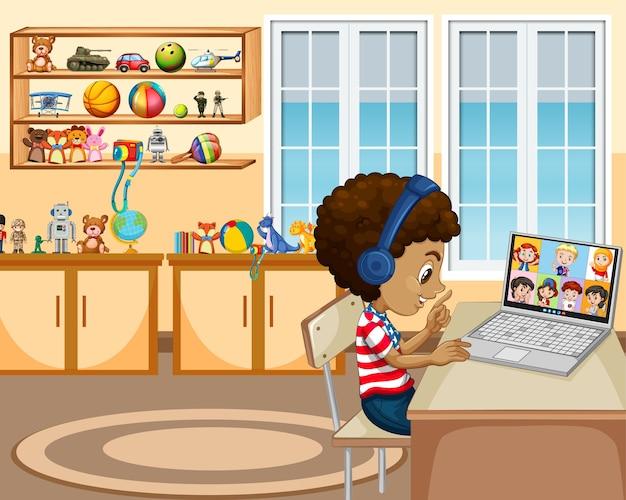 Um menino se comunica por videoconferência com amigos na cena da sala de estar