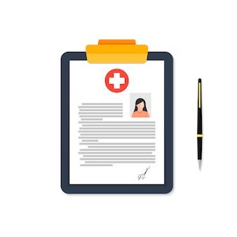 Um tablet de um cartão médico de uma mulher