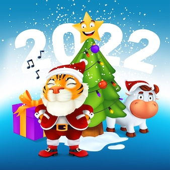 Um tigre fofo na fantasia de papai noel fica perto de uma árvore de natal, touro, presente e a inscrição 2022. ilustração em vetor do símbolo do ano para o calendário do zodíaco chinês. cartão de ano novo