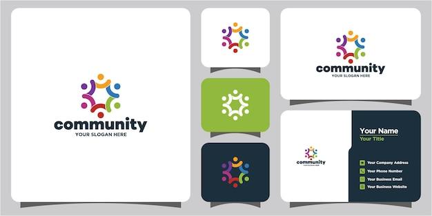 Uma coleção de logotipos e cartões de visita coloridos e criativos de grupos sociais