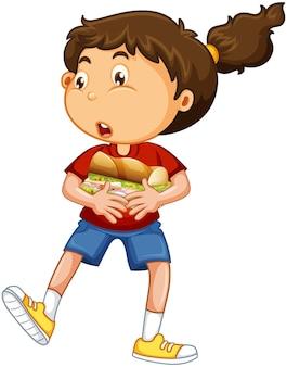 Uma garota segurando um personagem de desenho animado de comida isolado no fundo branco