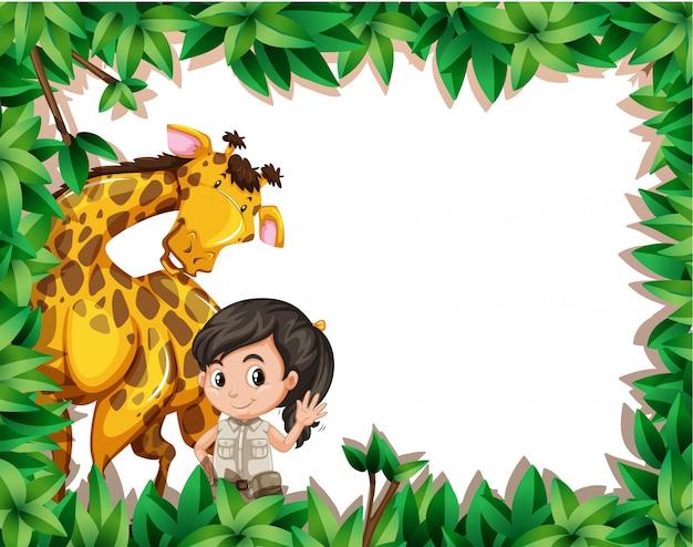 Uma menina com girafa no quadro de natureza
