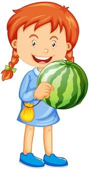 Uma menina segurando um personagem de desenho animado de fruta melancia isolado no fundo branco