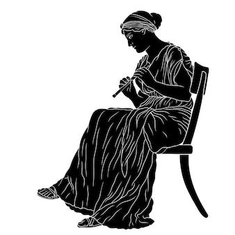 Uma mulher grega de túnica senta-se em uma cadeira e toca cachimbo.