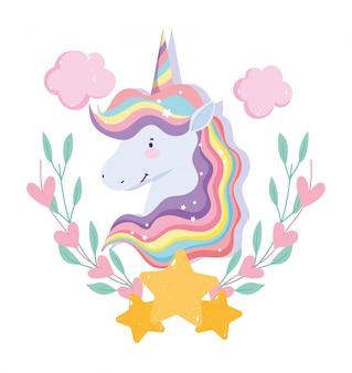 Unicórnio com cabelo arco-íris, estrelas e corações