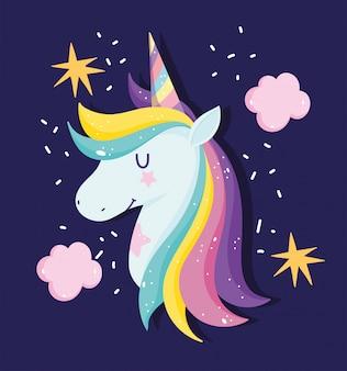 Unicórnio com cabelo arco-íris rodeado por estrelas e nuvens