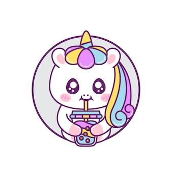 Unicórnio feliz e fofo bebendo chá de bolhas