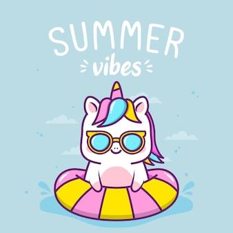 Unicórnio fofo nas férias de verão
