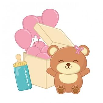 Urso de brinquedo com mamadeira