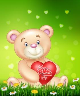 Urso de desenho animado, segurando balões de coração vermelho na grama verde